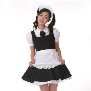 ハロウィンのメイドの衣装