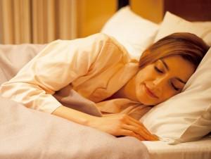 オルソケラトロジーは寝てる間に着けるだけ