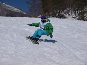 スノーボードのしなり