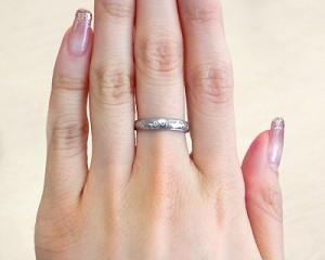 左手の中指につける指輪の意味