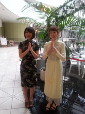 横浜ベイクォーターのスタッフの服装