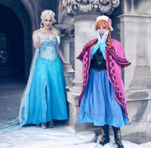 アナとエルサの衣装
