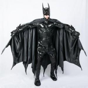 ダークナイト版のバットマンのコスプレ