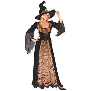 ハロウィンの魔女のコスプレ