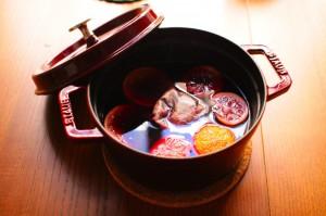 ホットワインを鍋で作る