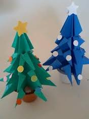 クリスマスに折り紙の飾り