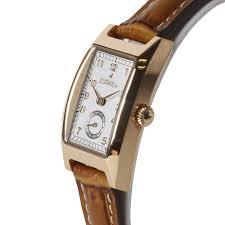 大学生の彼女へのクリスマスプレゼントの腕時計