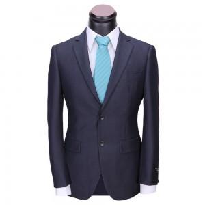 成人式のブランドにポールスミスのスーツ