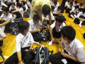 中学生のホワイトデーで持ち物検査